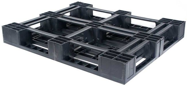 Bottom of Monobloc 48x45 plastic pallet for export and shipping