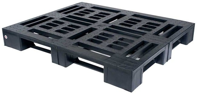 Monobloc 48x45 plastic pallet for export and shipping
