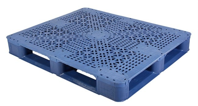 Snap Lock 48x40 plastic pallet for racking and FDA applications