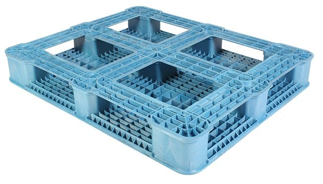 Bottom of Ranger 48x40 Plastic Pallet in Blue
