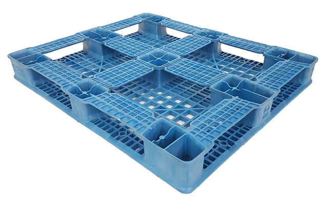 Bottom of Ranger Light 48x40 structural foam plastic pallet