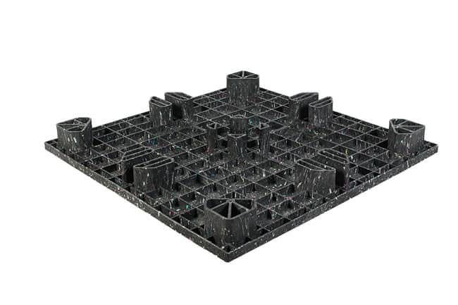 Bottom of 48x48 Proteus Plastic Pallet