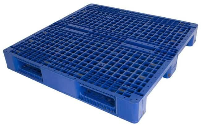 DC48x48 3-Runner plastic pallet for racking