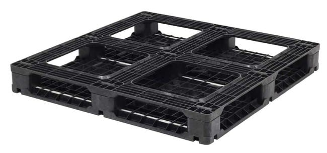 Bottom of HD Racker 48x48 plastic pallet for racking
