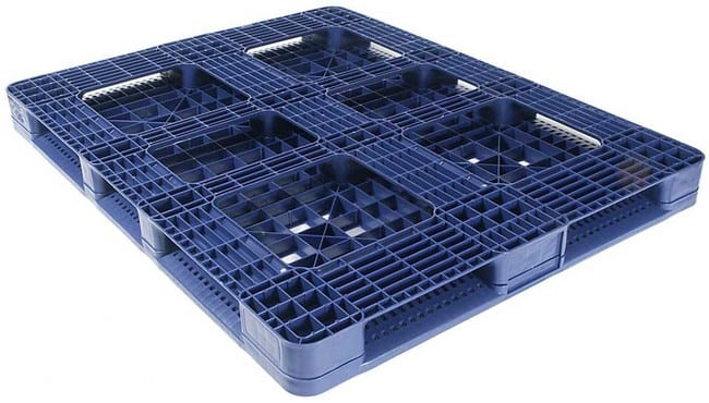 Bottom of Snap Lock 48x45 plastic pallet for distribution