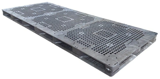 120x48 Plastic Stackable Pallet
