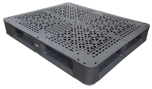 44x36 Stackable Plastic Pallet