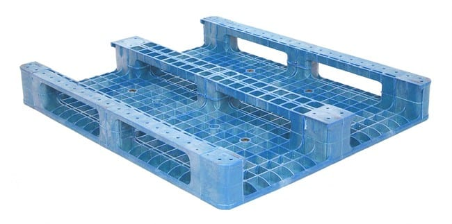Bottom of 48x40 Plastic Reusable 3-Runner Pallet