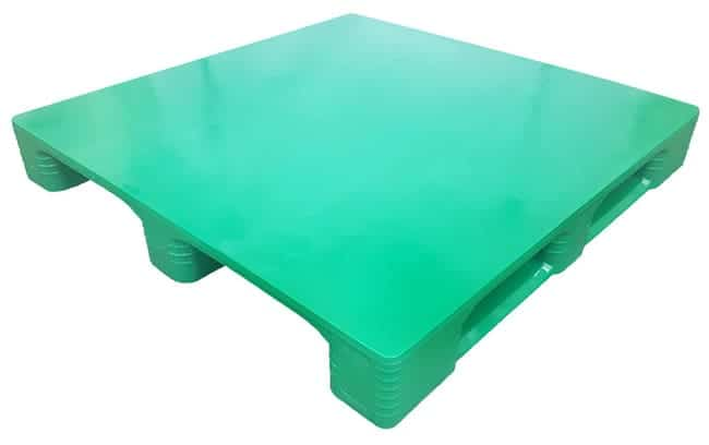 48x48 Stackable SaniPal Plastic Pallet