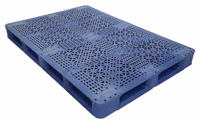 70x48 Stackable Blue Plastic Pallet