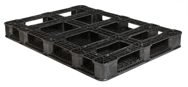 Bottom of 63x48 Plastic Stackable Pallet
