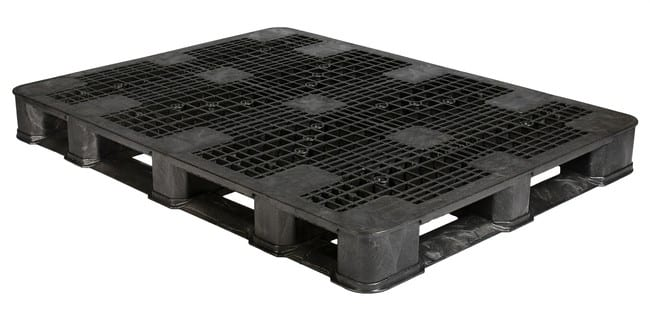 63x48 Plastic Stackable Pallet