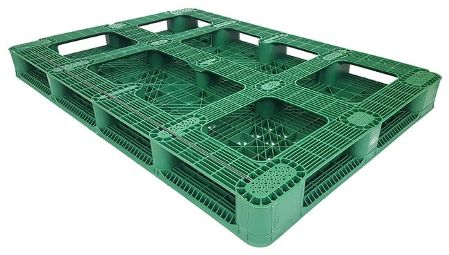 Bottom of 68x48 Stackable Plastic Pallet