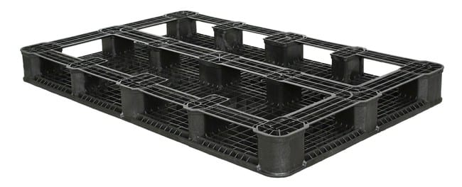 Bottom of 69x45 Stackable Plastic Pallet