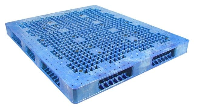 72x60 Stackable Plastic Pallet