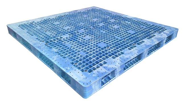 84x84 Plastic Stackable Pallet