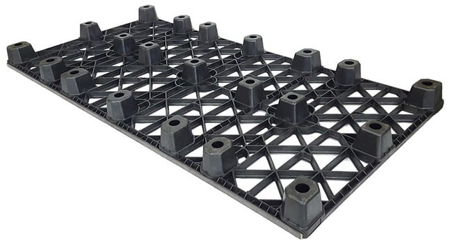 Bottom of 96x48 Nestable Plastic Pallet