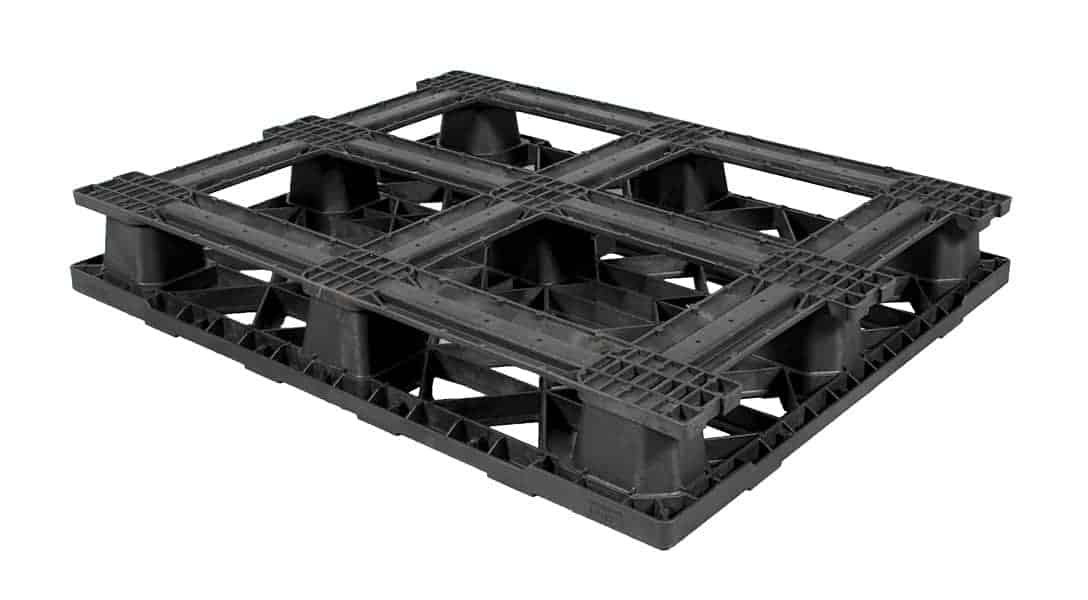 Bottom of Nitro 48x40 with Base Stackable Plastic Pallet